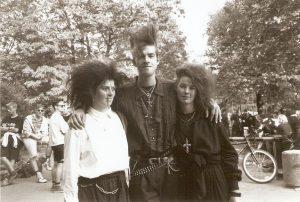 Wave-Gotik-Treffen 1992 vor dem Eiskeller