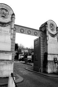 Black Friday und Schwarzkittel in Paris (1)