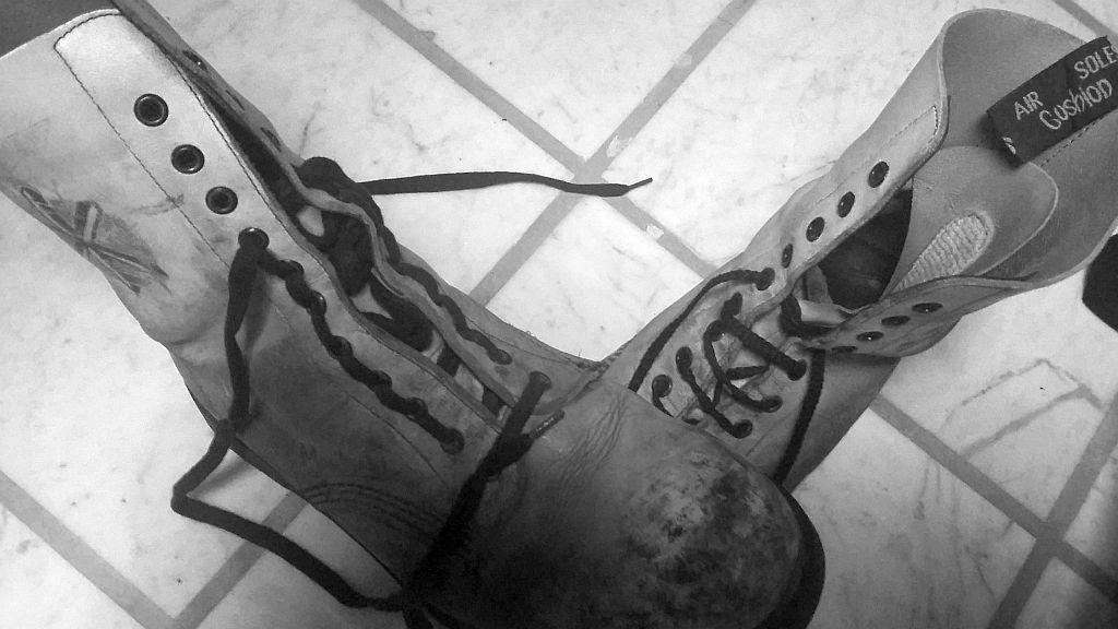 Kunst Am Schuh Schnürsenkel Richtig Und Kunstvoll Einfädeln
