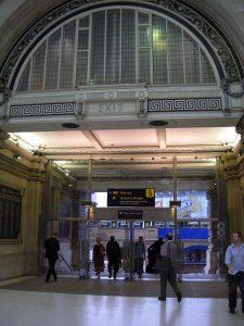 Waterloo Bahnhof Ausgang Richtung Brücke
