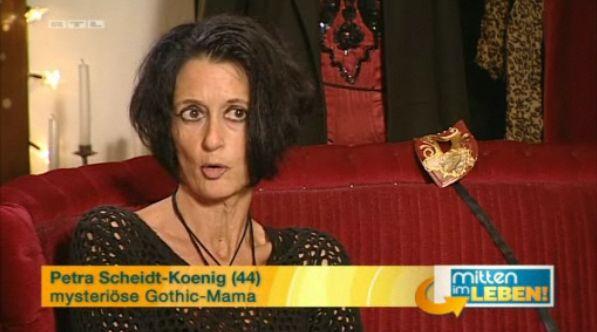Mitten Im Leben Gothic Vs Hiphop