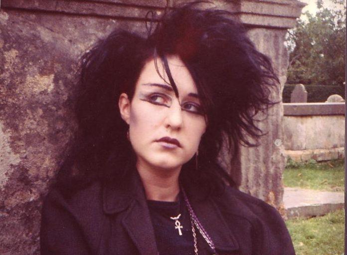graveyard 1984, big hair and purple lipstick