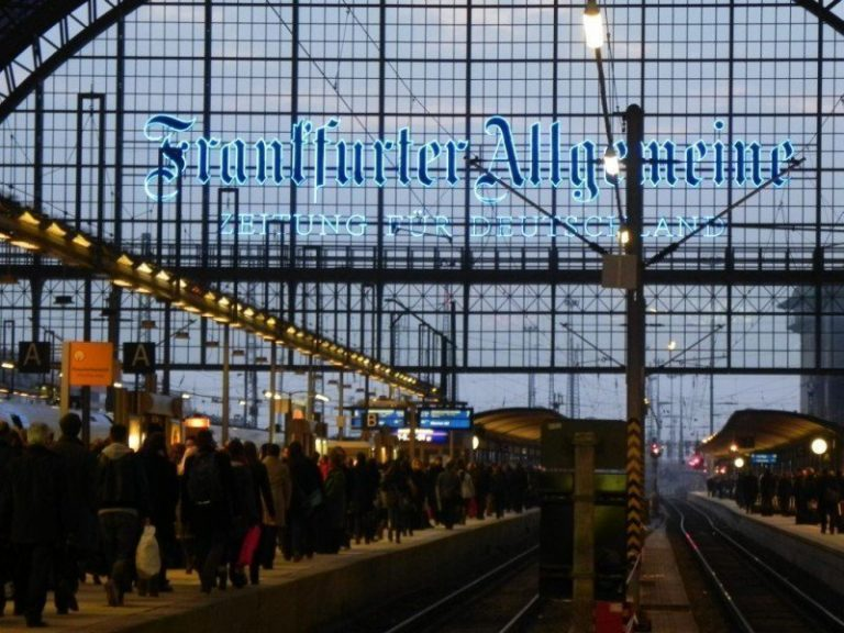 Tagebuch: Frankfurt spielt ein falsches Spiel
