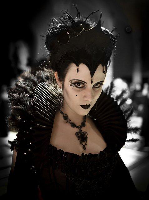 Gala Nocturna - Black Queen