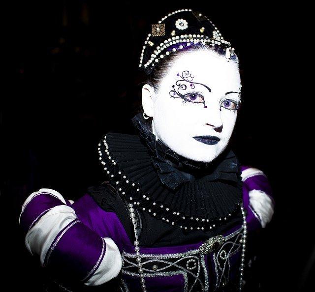 Gala Nocturna - Rosa Chalybeia