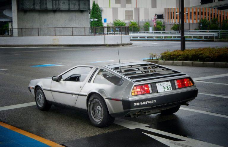 Zurück in die Zukunft – mit dem DeLorean DMC-12, dem Kult-Auto der 80er Jahre