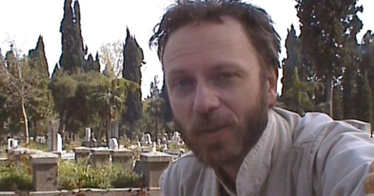 Lindybeige: Joy of Cemeteries