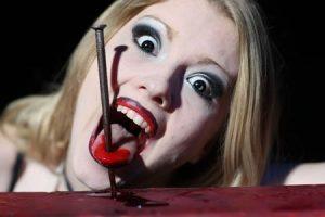 Der Circus of Horrors aus England, das extremere Gegenstück