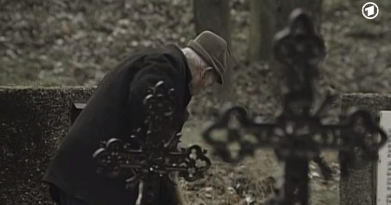 Dienst für die Toten auf dem Wiener Friedhof der Namenlosen