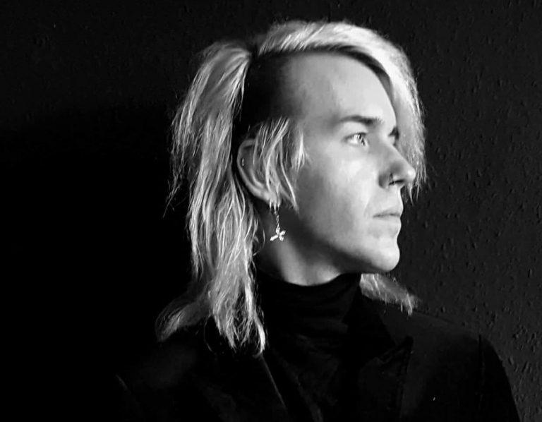 Interview mit Gotikatur – Ian's Hände sind wie Drucker
