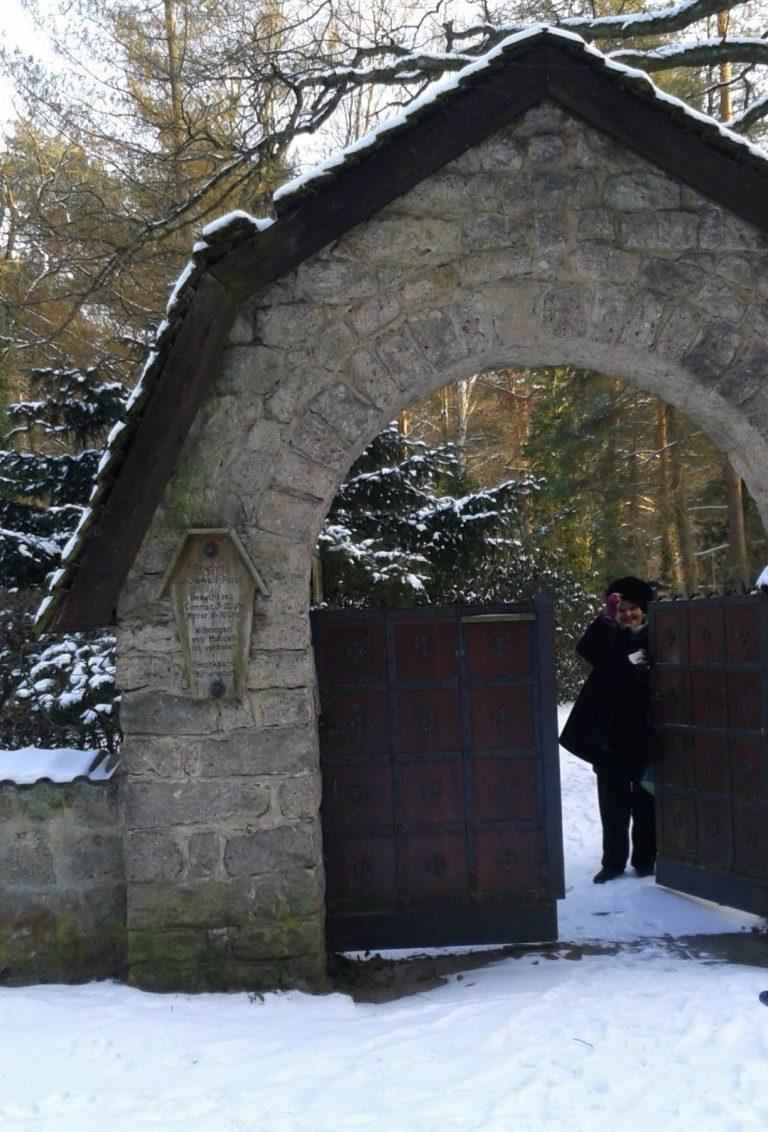 Manche Mädchen sterben einsam – Selbstmörderfriedhof Grunewald
