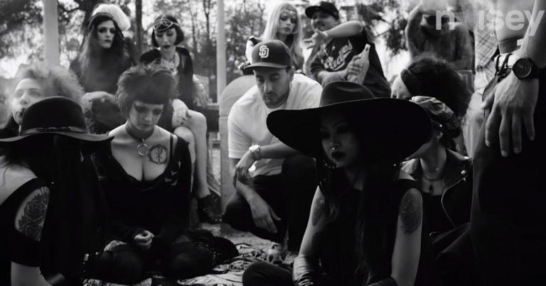 Cholo Goth – Wie die PRAYERS eine neue Subkultur erschaffen