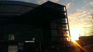 Bahnfahren - Berlin Hauptbahnhof