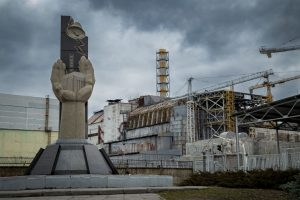 Tschernobyl 2016 - Kraftwerk mit Denkmal