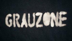 Grauzone Schriftzug