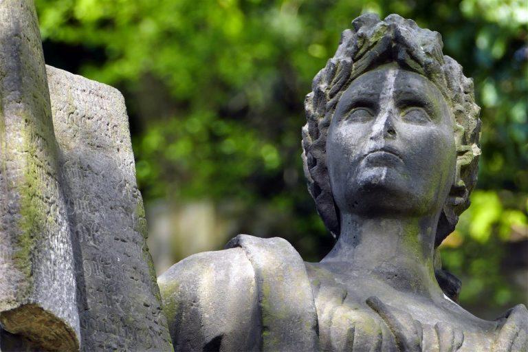 Die Historischen Friedhöfe in Görlitz: Nikolaikirchhof und Jüdischer Friedhof