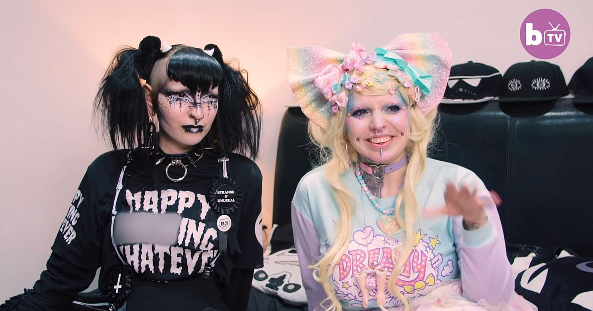 Goth meets Lolita Doll