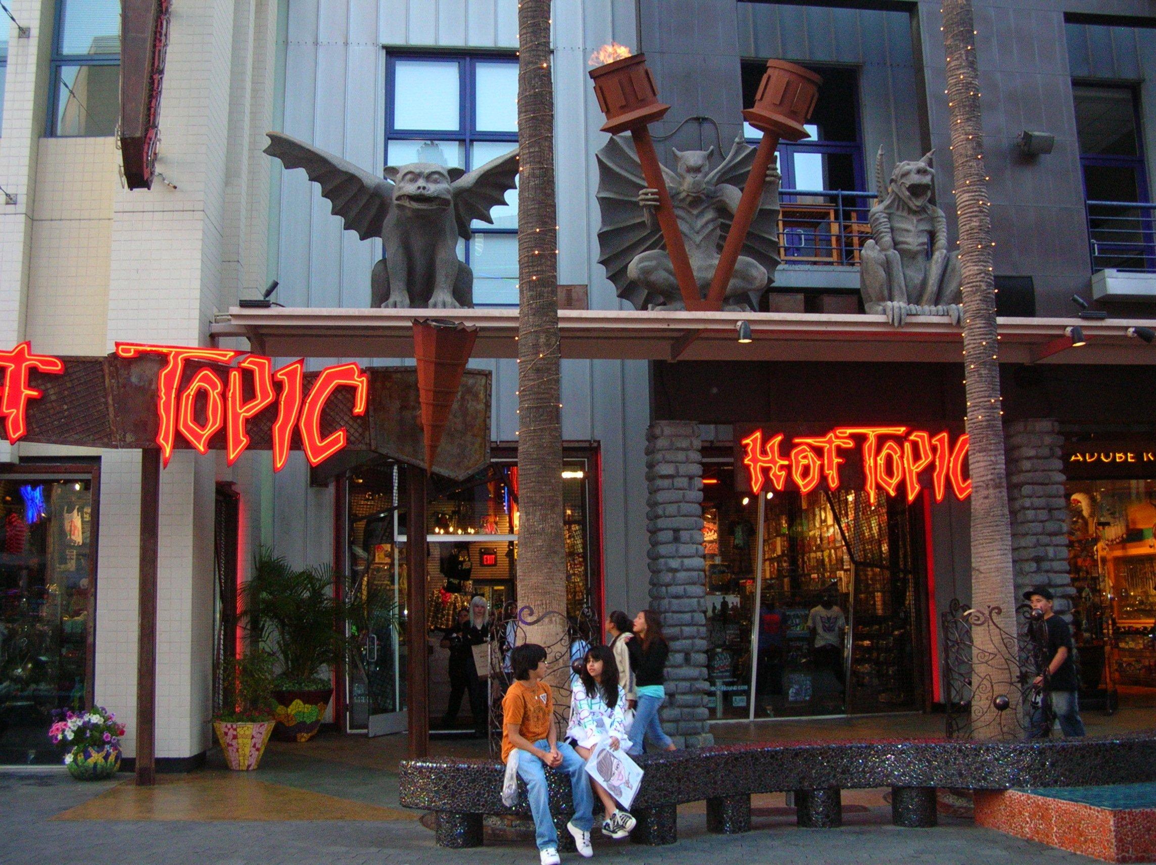 Hot Topic - BrokenSphere