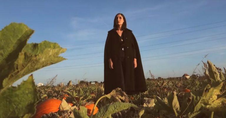 Formel Goth: Videos vom Clan of Xymox, Lebanon Hanover, Solo Ansamblis und She Past Away