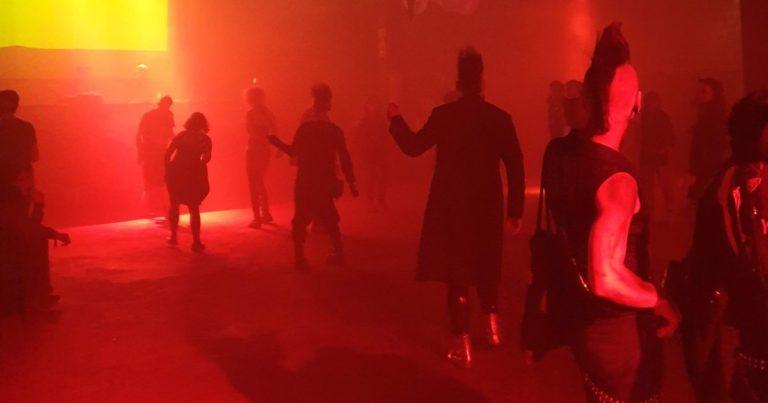 """Gothic Szene 1985 – Die ersten Jahre der Kultdisko """"Zwischenfall"""""""